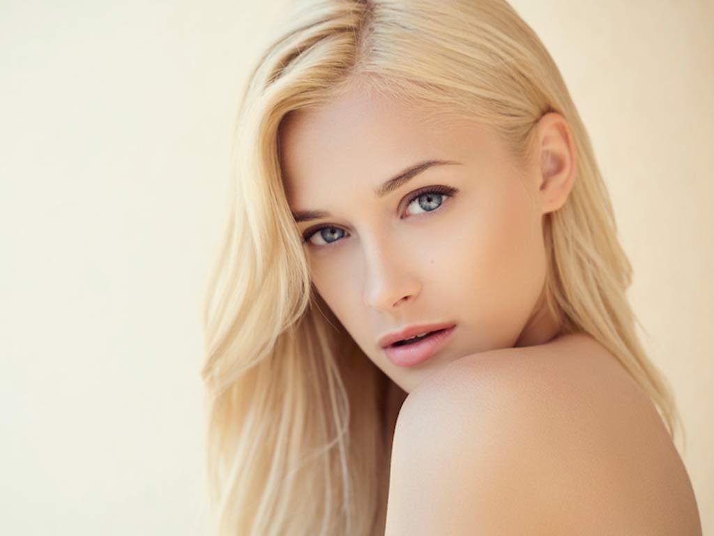 foto capelli butter blonde