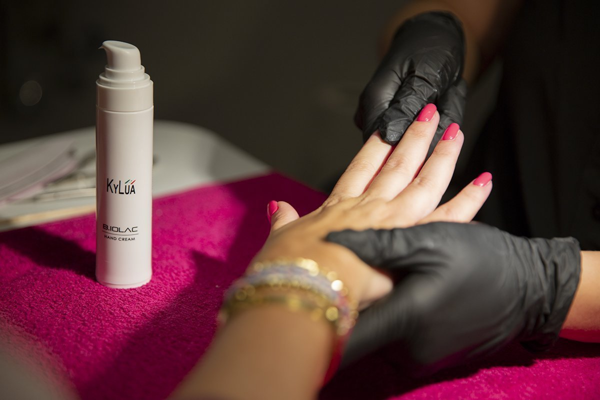 foto della crema mani Biolac di Kylua