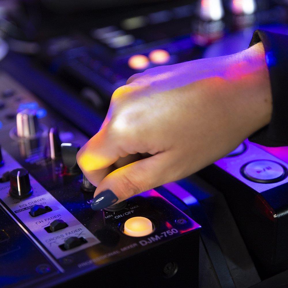 Smalto DJ Collection di Estrosa