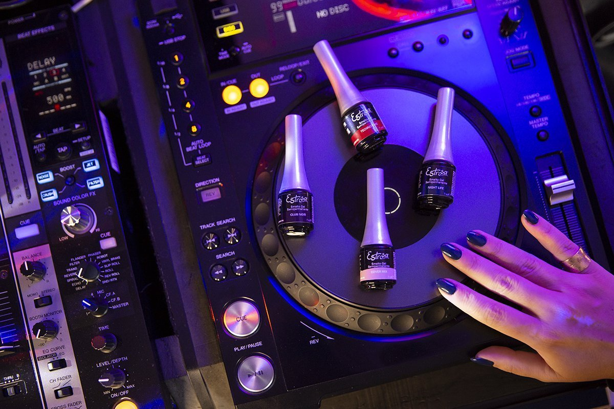 Estrosa DJ Colletion: gli Smalti per la Nightlife