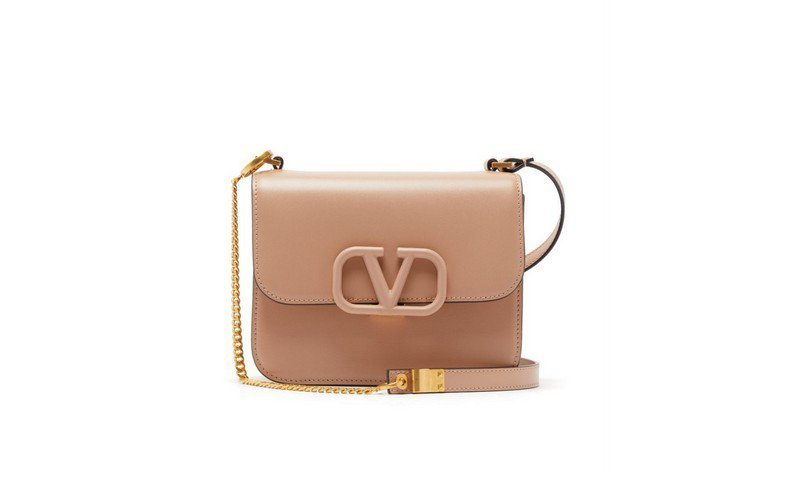 La VSLING di Valentino tra le it bag 2020