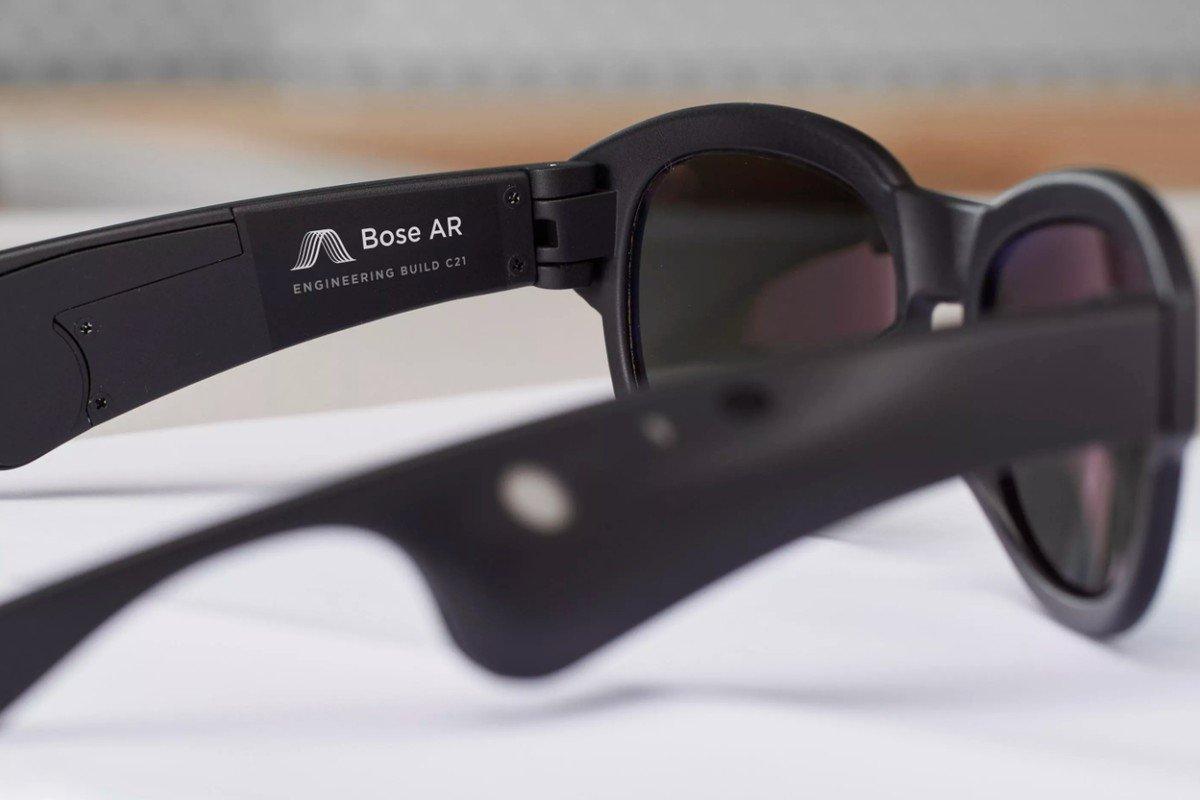 Regali per l'uomo: gli occhiali Boser Frame