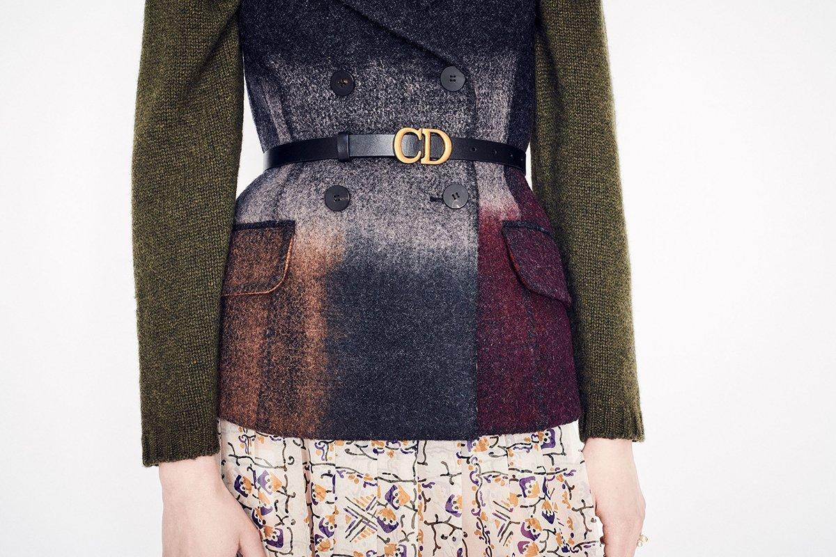 Cinture di moda 2020: cintura nera Dior