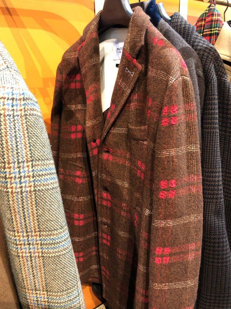 Foto di cappotto colorato Paltò