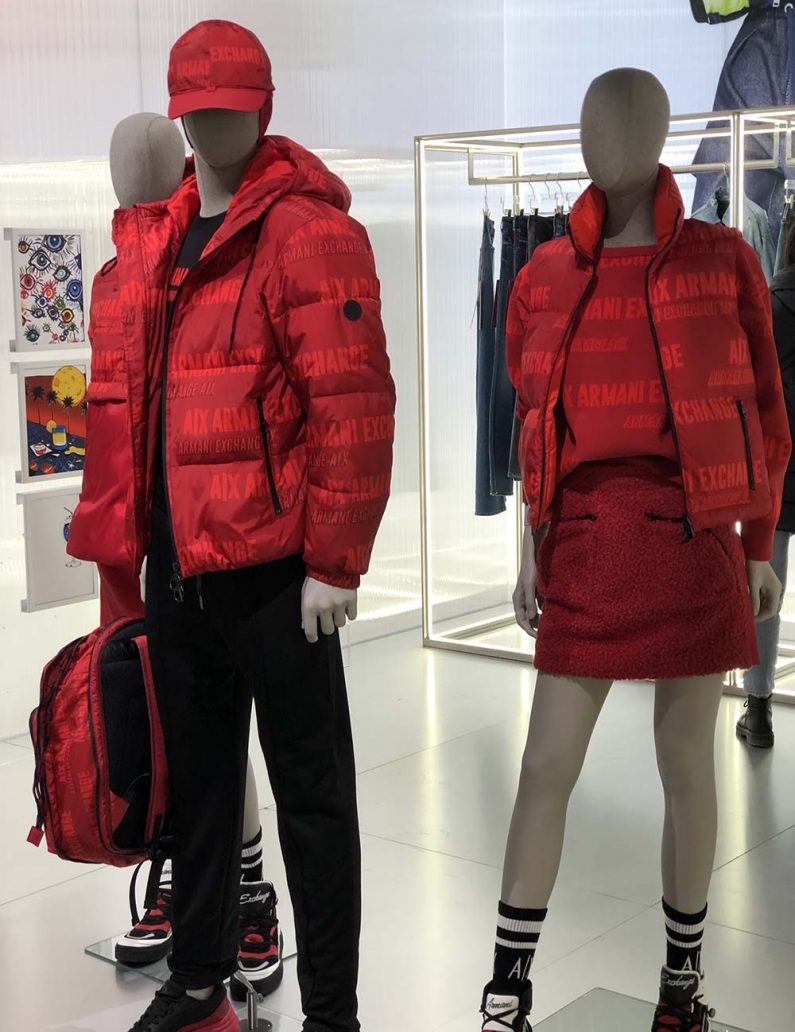 Foto dei piumini Armani Exchange rossi inverno 2020-2021