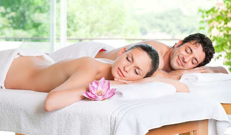 Foto di massaggi di coppia