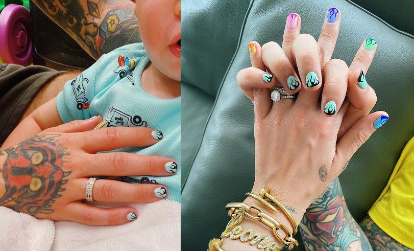 Foto della nail art di Fedez