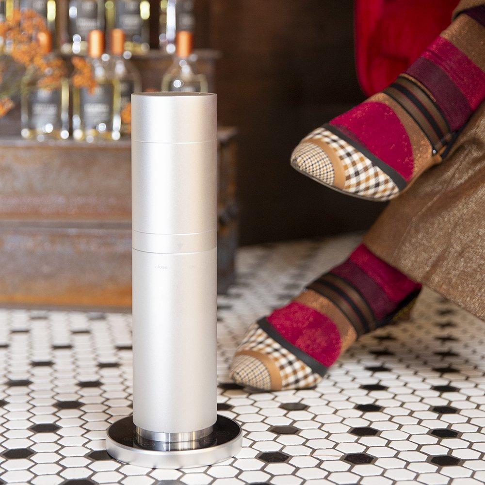 Foto dei profumi per la casa con i diffusori elettrici professionali per ambienti