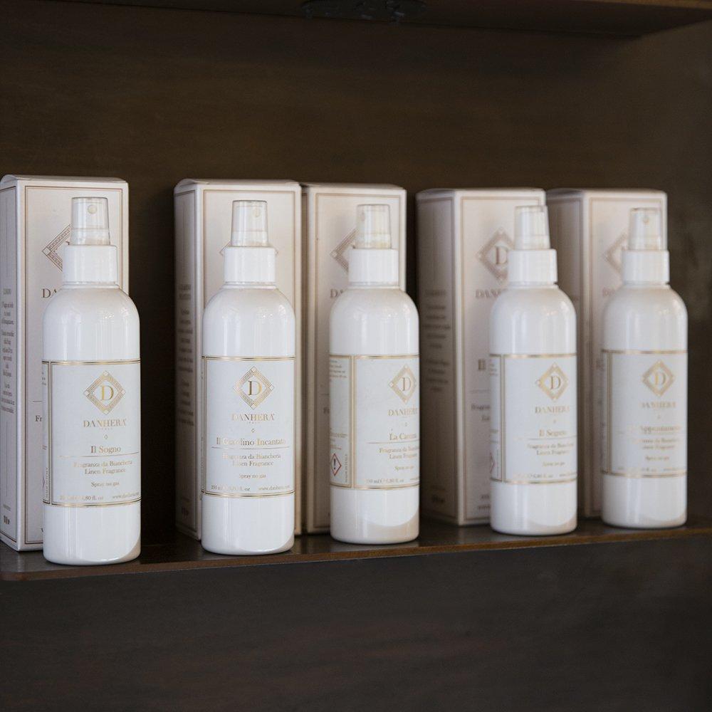 Foto di profumi per tessuti spray