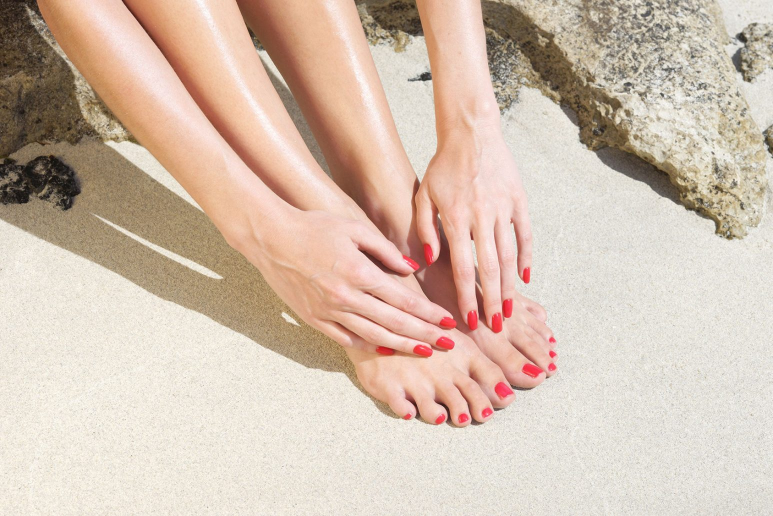 Foto di abbinamento smalto mani e piedi