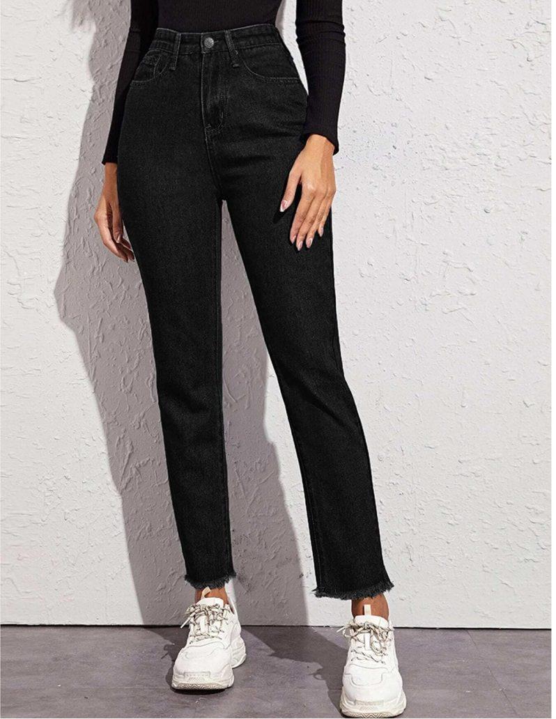 Foto di jeans tra le tendenze moda teenager 2021