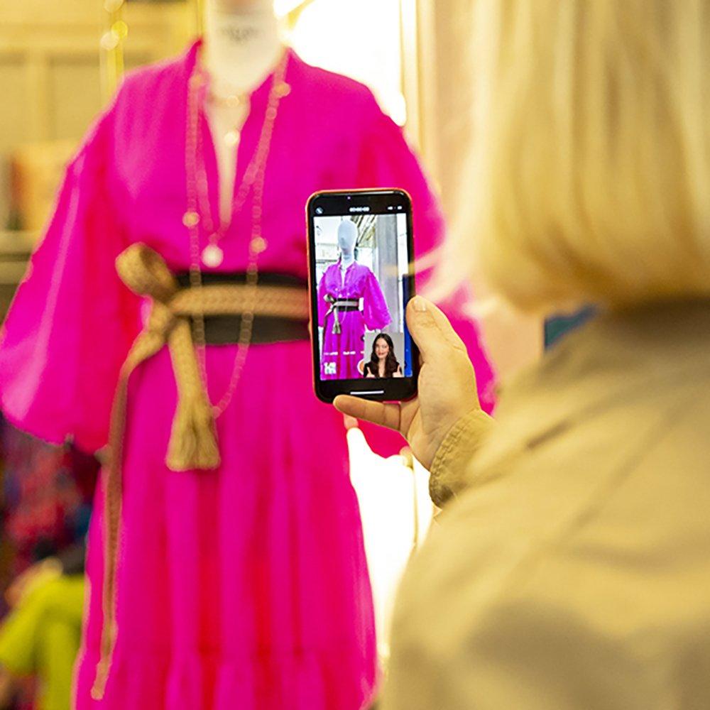 Foto di shopping live dalla boutique