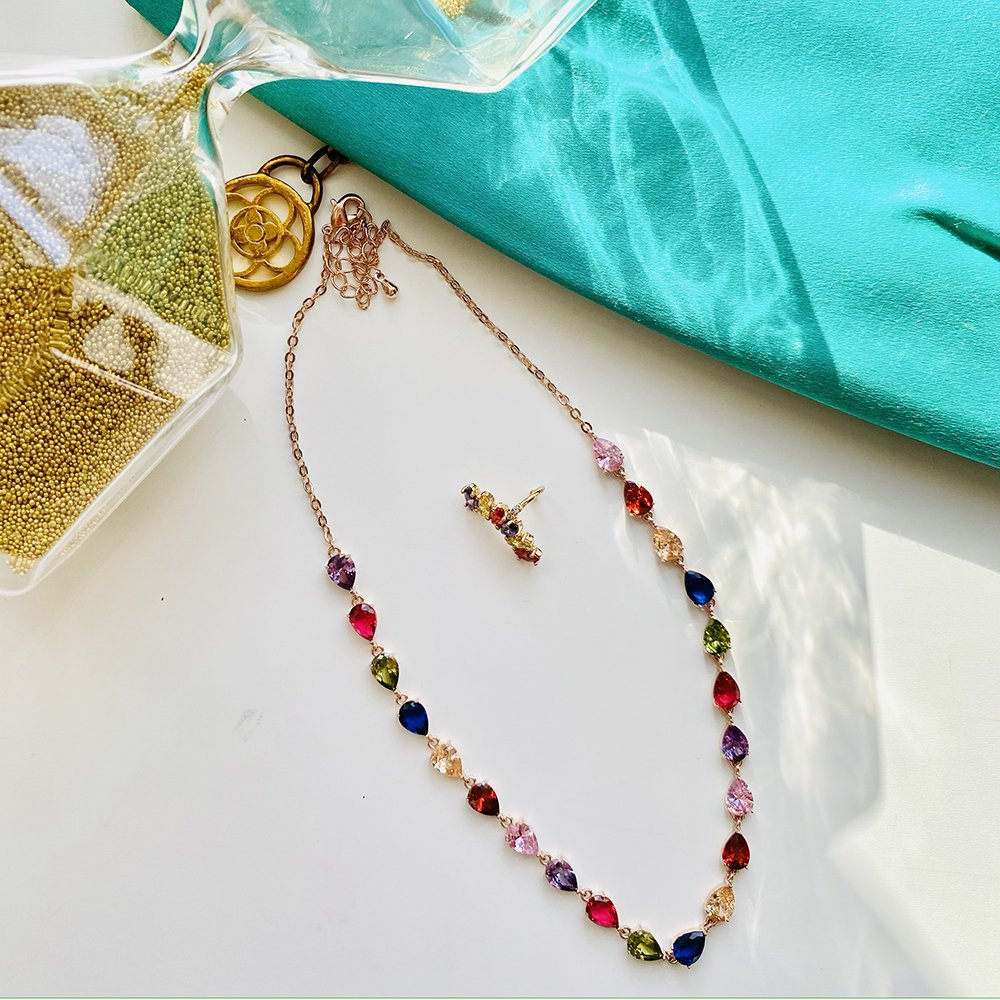 Foto di collana con orecchino per regali di natale 2020 economici
