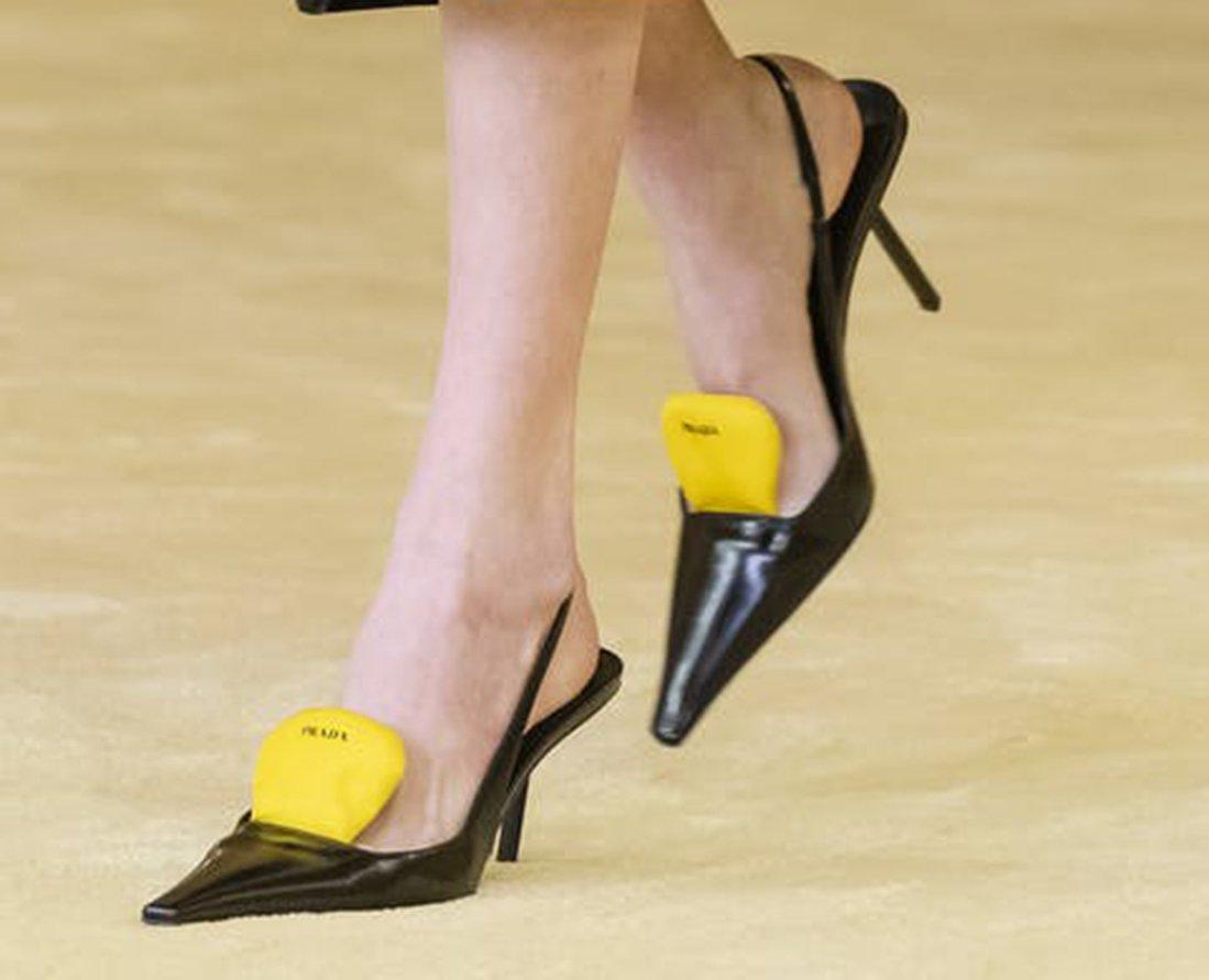 Foto di scarpe Prada