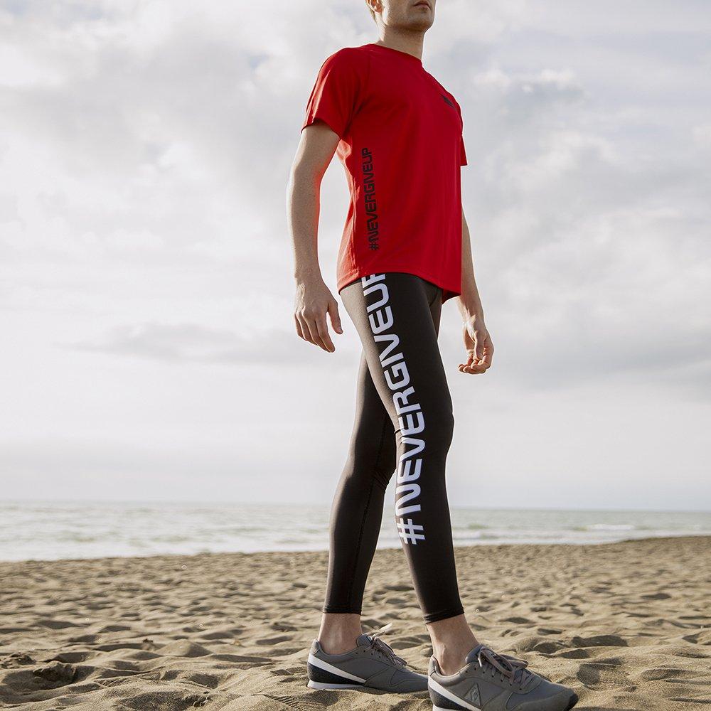 Foto di leggings maschili per fitness e yoga