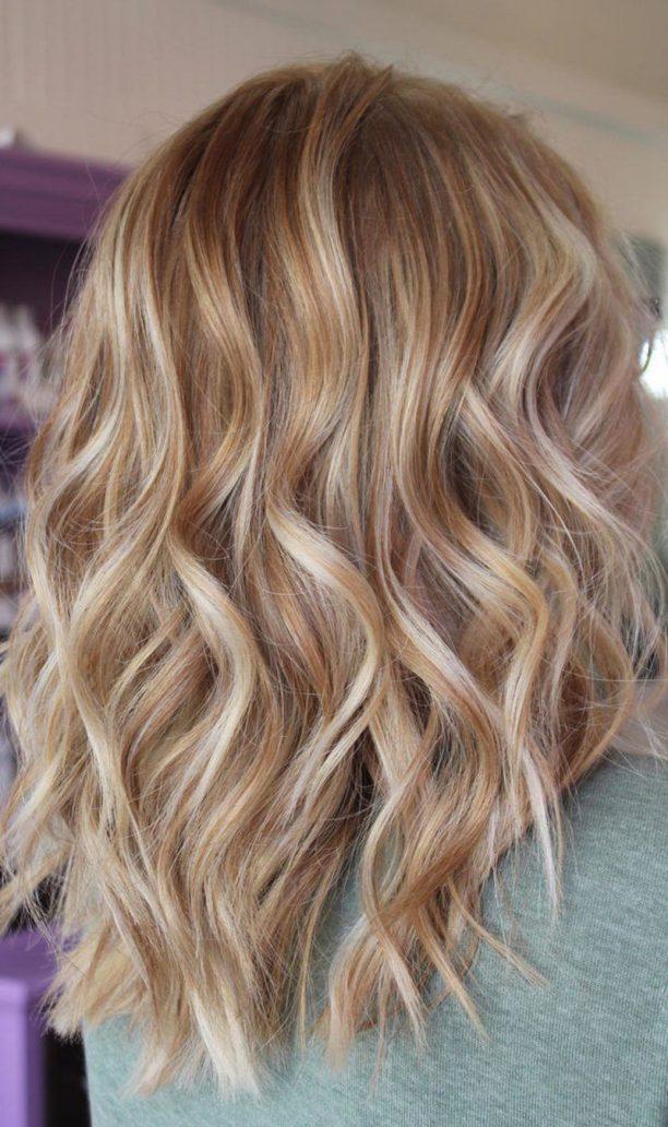 Foto di capelli biondo crema