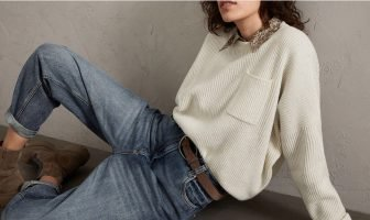 Foto di maglione in cashmere e lana di Cucinelli
